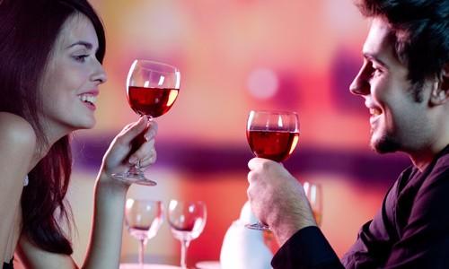 Perfect for couples, Kookaburra Showboat Cruises