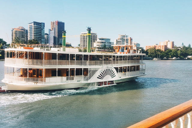 Kookaburra Queen I on the brisbane river