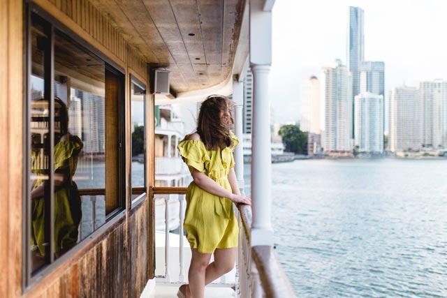 scenic-brisbanw-city-view-on-kookaburra-cruise