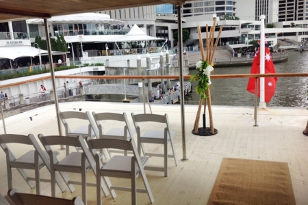 Vintage themed wedding ceremony on Kookaburra Queen II