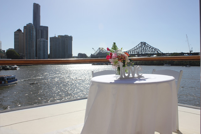 Wedding on the water, Brisbane river