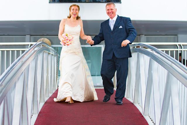 Just married - Boarding the Kookaburra Queen I