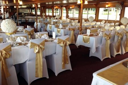 Kookaburra Queen wedding setup