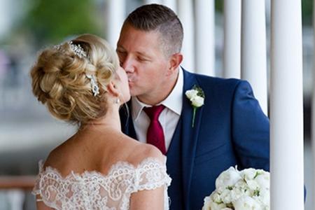 Kiss on the decks of the Kookaburra Queen